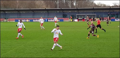 https://www.rb-fans.de/content/bilder/saison2018_2019/dreierkette3.png